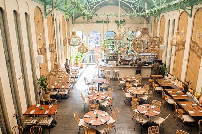 Helena restaurante reabre sus puertas