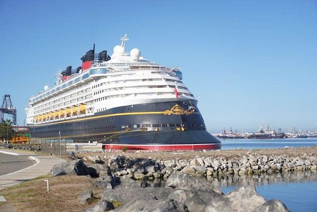 1er Crucero de Disney llega a Ensenada