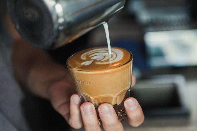 Almanegra donde se rinde culto al café